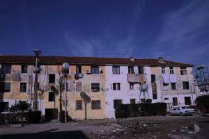 Banorët e Valiasit ankohen– vonojnë dëmshpërblimet dhe rindërtimet për familjet e prekura nga tërmetet