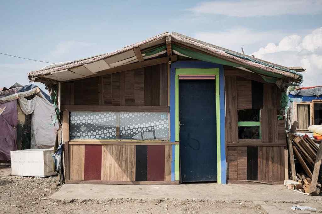 Shtëpia që fotografon Orestia